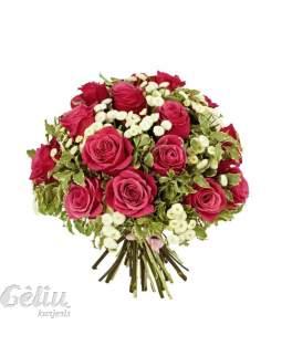 Klasikinė raudonų rožių puokštė