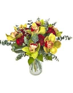 Puokštė su orchidėjomis cymbidium