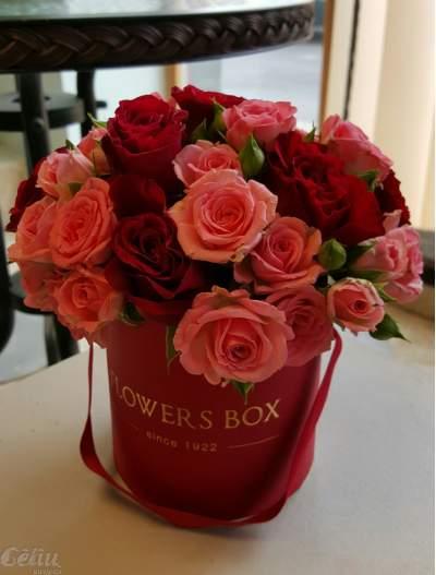 Klasikinė rožių dėžutė